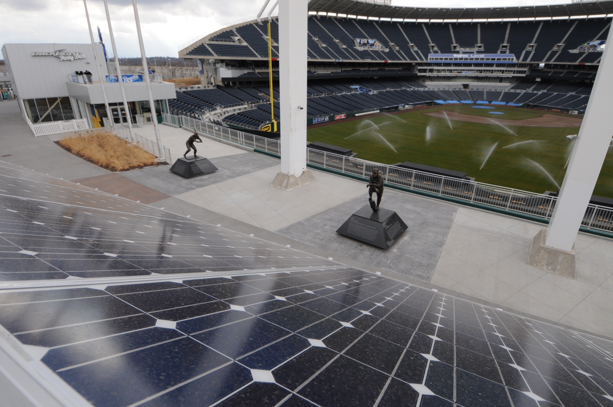 Solar energy all stars the top 5 stadiums by solar power for Solar energy games
