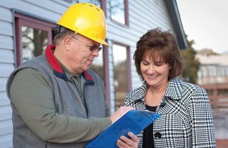 solar installer talking-to homeowner