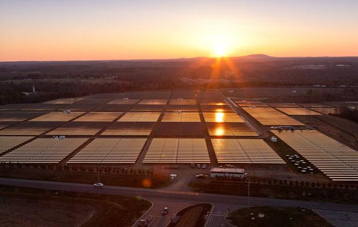 apple solar power plant reno nevada