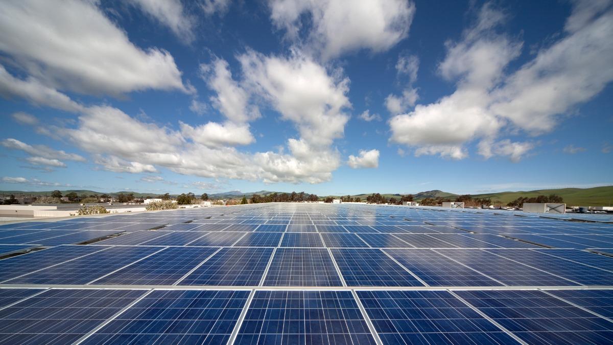 solar industry momentum
