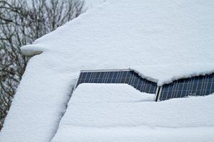 solar panels snow